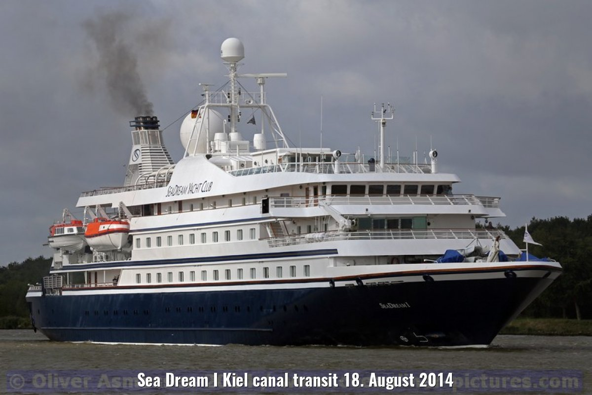 Sea Dream I Kiel canal transit 18. August 2014