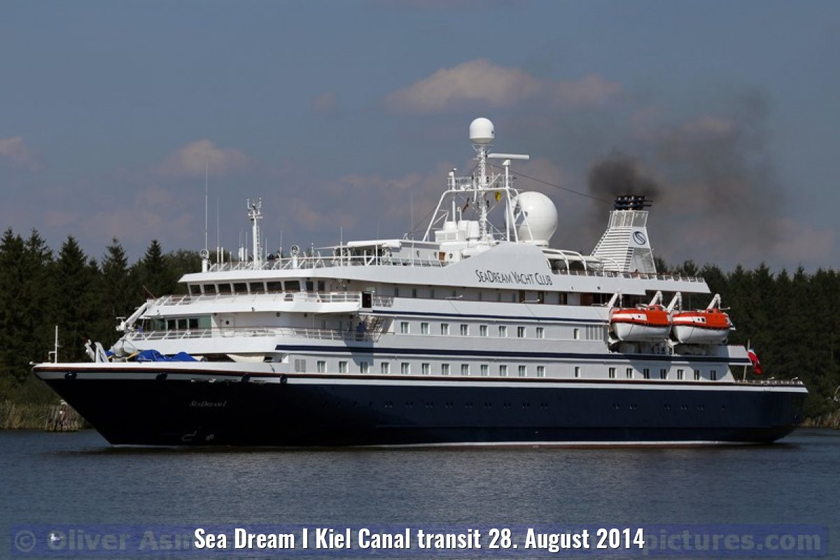 Sea Dream I Kiel Canal transit 28. August 2014