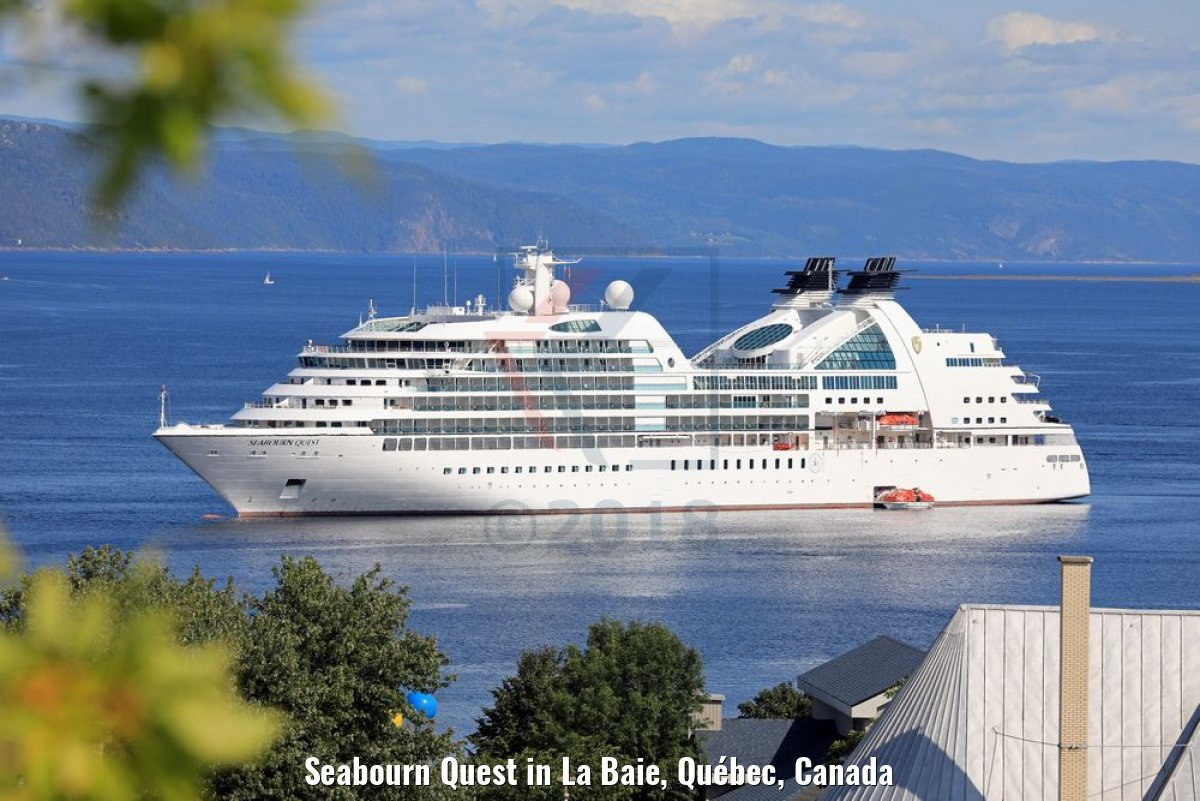 Seabourn Quest in La Baie, Québec, Canada