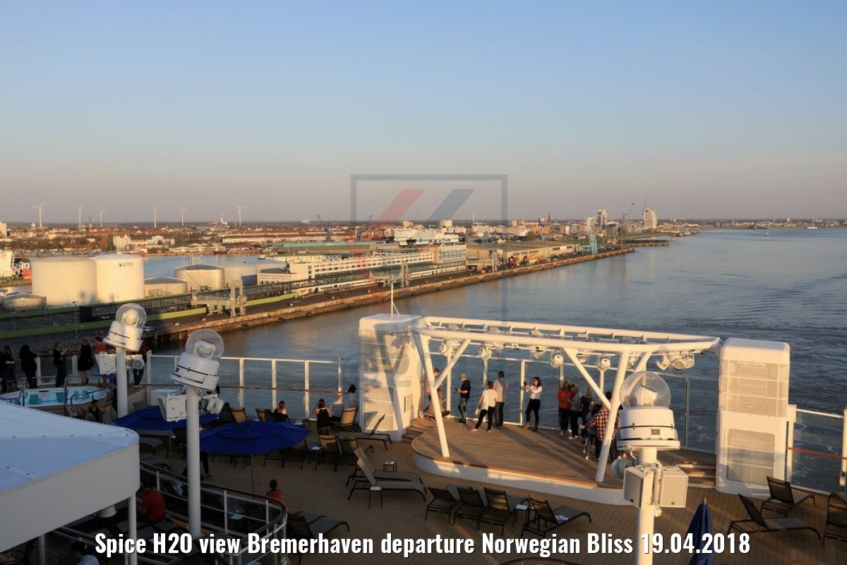 Spice H2O view Bremerhaven departure Norwegian Bliss 19.04.2018
