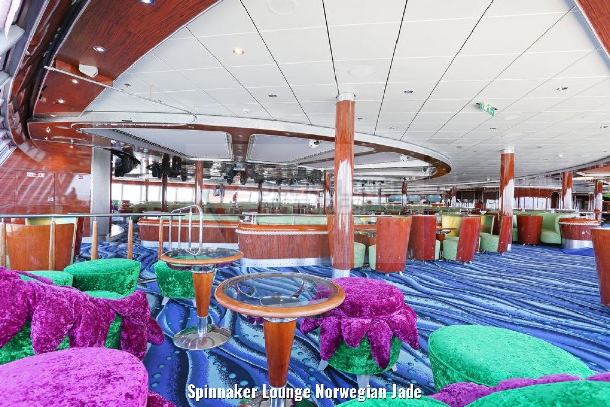 Spinnaker Lounge Norwegian Jade