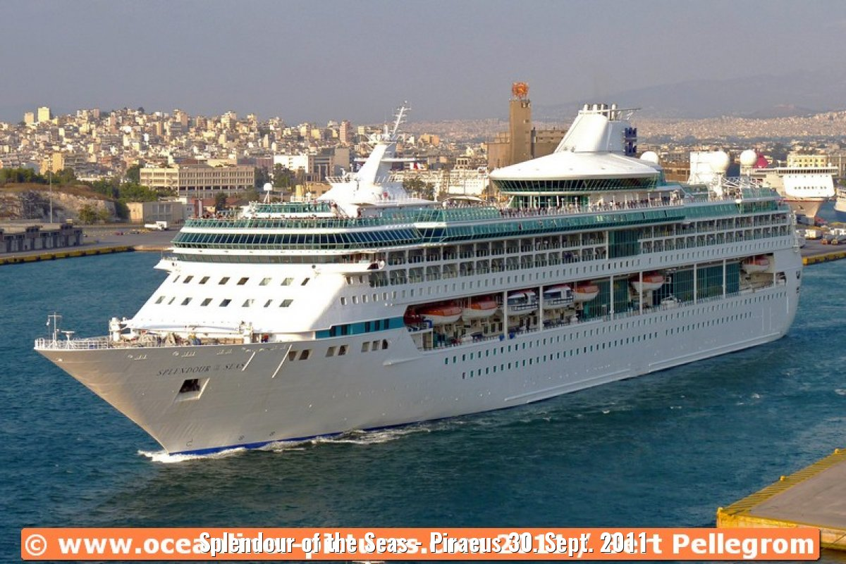 Splendour of the Seas - Piraeus 30. Sept. 2011