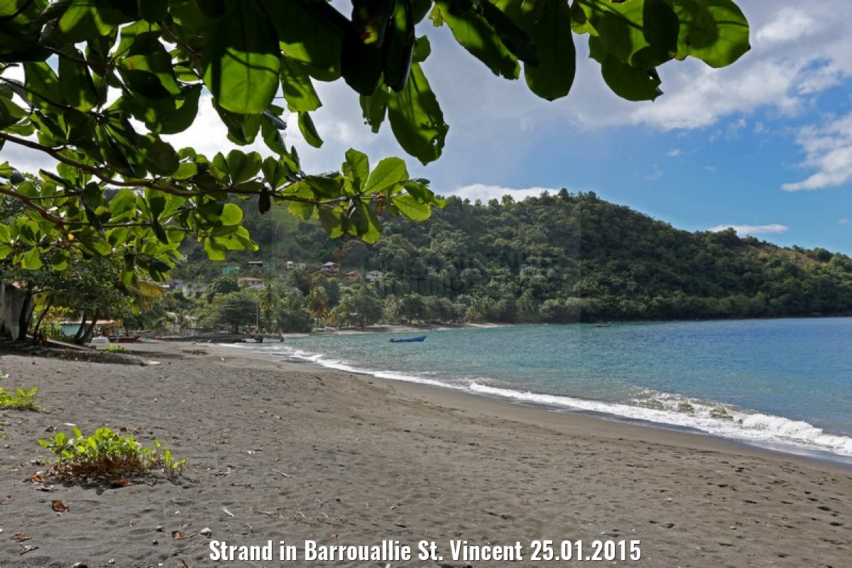 Strand in Barrouallie St. Vincent 25.01.2015