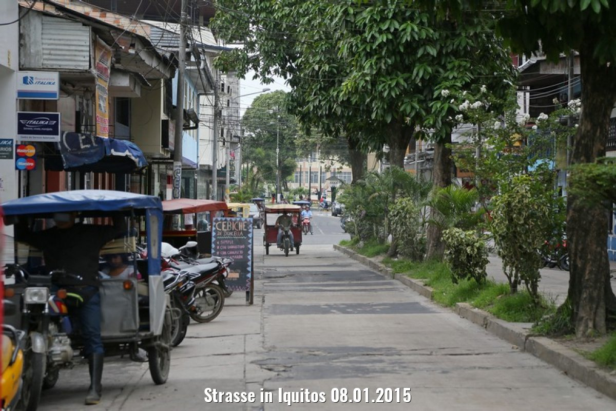 Strasse in Iquitos 08.01.2015