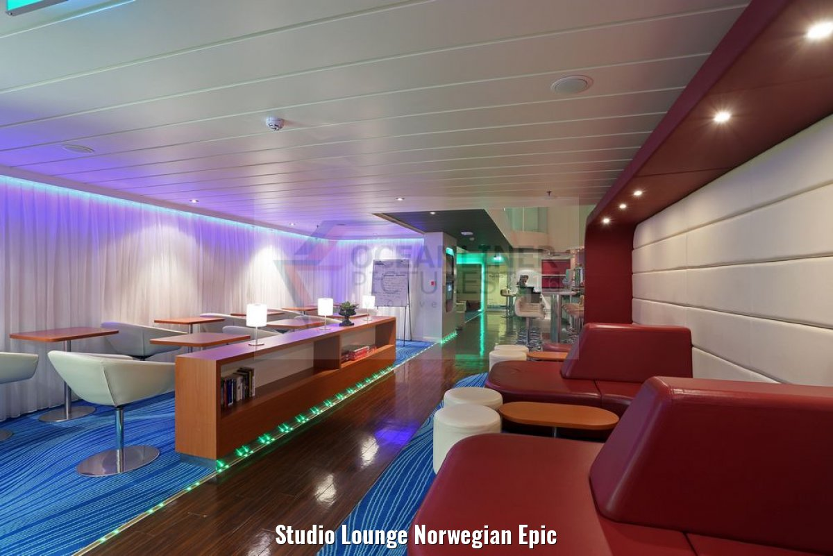 Studio Lounge Norwegian Epic