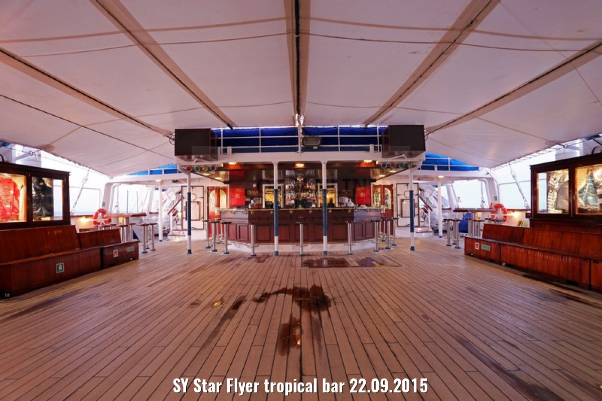 SY Star Flyer tropical bar 22.09.2015