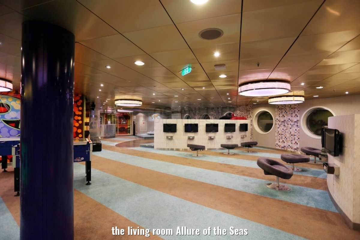 the living room Allure of the Seas