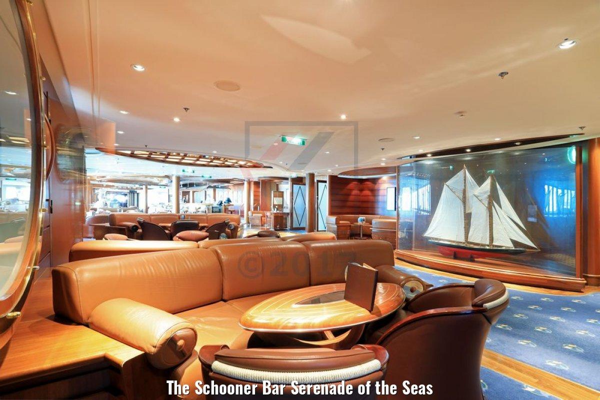 The Schooner Bar Serenade of the Seas