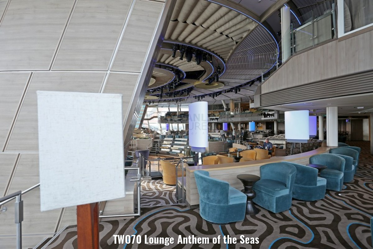 TWO70 Lounge Anthem of the Seas