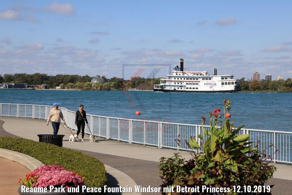 Reaume Park und Peace Fountain Windsor mit Detroit Princess 12.10.2019