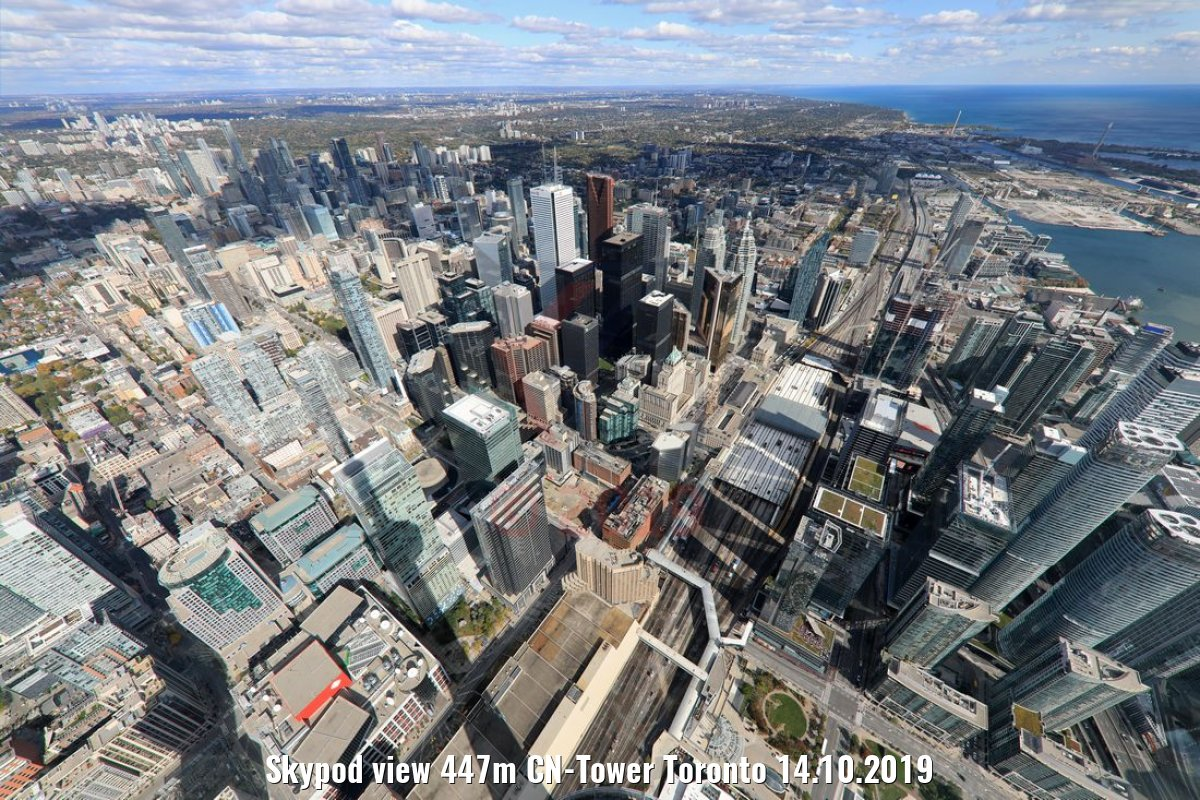 Skypod view 447m CN-Tower Toronto 14.10.2019